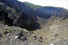 <strong>Crater del Hoyo Negro</strong>
